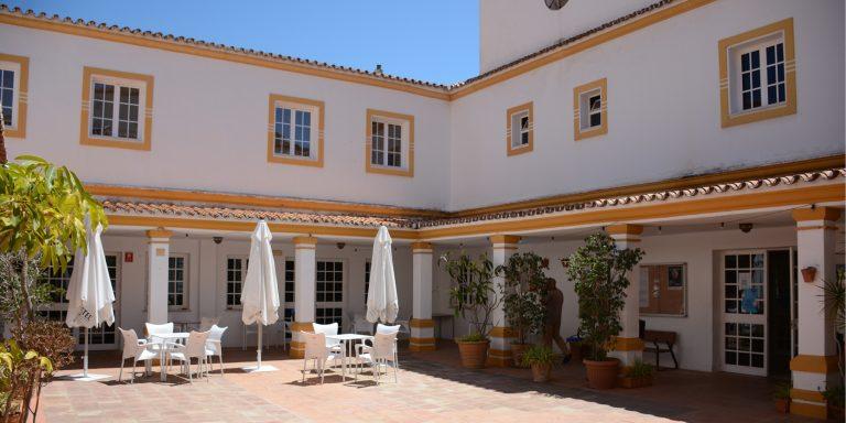 Nueva pérgola bioclimática para residencia de ancianos en Fuengirola, Málaga OCA Architects Arquitectura architecture Hernan Lleida Bernardo Garcia6